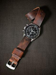 """Corbin"" Mahagony Handmade Leather One Piece NATO Watch Straps"