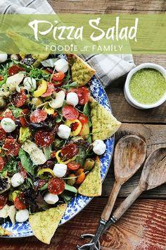 Supreme Pizza Salad - No average salad! - Foodie with Family Marinated Mozzarella Balls Recipe, Mini Mozzarella Balls, Marinated Tomatoes, Dried Tomatoes, Cherry Tomatoes, Fun Easy Recipes, Raw Food Recipes, Healthy Recipes, Salad Recipes