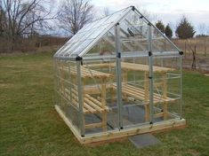 We enlist five outstanding best greenhouse ideas for beginners. These greenhouse ideas will enable you to devise strategies to shape the best possible model. Greenhouse Kitchen, Diy Greenhouse Plans, Simple Greenhouse, Lean To Greenhouse, Portable Greenhouse, Greenhouse Effect, Backyard Greenhouse, Greenhouse Wedding, Greenhouse Tables