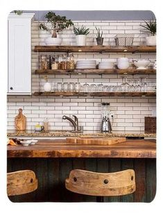 Small Kitchen Docot Ideas to Maximize The Space Ideas - Küche - Shelves Home Decor Kitchen, New Kitchen, Interior Design Living Room, Kitchen Dining, Kitchen Black, Brick Wall Kitchen, Kitchen Wood, Apartment Kitchen, Kitchen With Plants