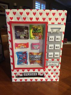 Diy Valentines Cards, Valentine Day Boxes, Valentines For Boys, Valentines Day Party, Valentine Day Crafts, Diy Valentine's Box, Cardboard Box Crafts, Vending Machine, Kindergarten