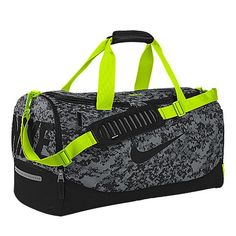 edd495d93c5f Nike Team Training Max Air iD Duffel Bag (Medium) (Black)