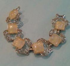 Vintage Coro Bracelet, Yellow Confetti Thermoset, Gold tone Filigree.