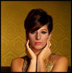 (1965) Beautiful Barbra STREISAND by Philippe HALSMAN