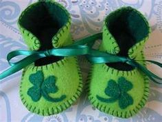 green baby shoes...i want some my size!