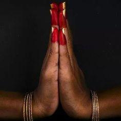 Aaltaa hands