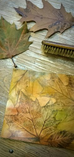 Fall leatherwork work in progress in my creative space -> this is gonna turn into an awesome leather journal! #autumn #workinprogress #diy #etsy #handmade