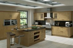 A Innova Linwood kitchen with simple shaker styling. http://innova-kitchens.com/kitchens/linwood/