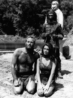 Taken prisoner by apes Charlton Heston sits on his knees side by side with Linda Harrison in science fiction movie 'The Planet of the Apes' directed. Linda Harrison, Fiction Movies, Sci Fi Movies, Science Fiction, Movie Tv, Charleton Heston, Saga, Revolution, Cinema
