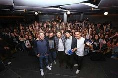 the boys with all the bring me to 1d winners!