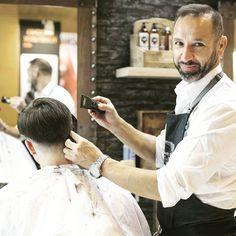 Empezamos la semana con alegría!!! OS ESPERAMOS!!!! . . . @captaincook_barber_products @naturalmen_naturalwomen @barberiatonyydany @woocutz @barber.clips @officialbarberclub @nicestbarbers @barberlessons_ @barbersinctv @menshairworld @menshair2.0 @maindortv @worldbarbershops @barberhub @barber_boom @hairmenstyles @sickestbarbers @fadedu @gopanache @guyshair @bestofbarbers @thebarberpost