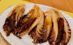 Seared radicchio - a member of the chicory family, radicchio is a great addition to a natural #detox programme