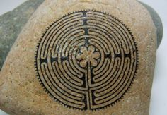 12 CIRCUIT LABYRINTH / CHARTRES CATHEDRAL Spirit Stone