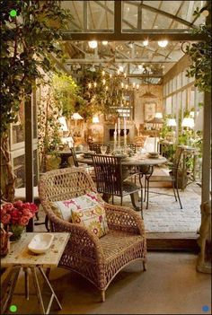 Browse photos of veranda ideas to get inspiration for your own remodel. Browse photos of veranda ideas to get inspiration for your own remodel.The Effective Pictures We Offer You About home decoration white A qual Outdoor Living Rooms, Outdoor Spaces, Outdoor Decor, Outdoor Seating, Indoor Outdoor, Dining Rooms, Living Spaces, Outdoor Pergola, Garden Seating