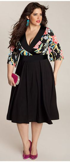 Plus size clothing for full figured women. We carry young and trendy, figure flattering clothes for plus size fashion forward women. Curvalicious Clothes has the latest styles in plus sizes Xl Mode, Mode Plus, Curvy Girl Fashion, Plus Size Fashion, Womens Fashion, Plus Size Dresses, Plus Size Outfits, Modelos Fashion, Model Rok