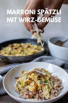 Feine Maroni Spätzle mit Wirsing aka Wirz-Gemüse. Grains, Inspiration, Food, Fall Pumpkins, Savoy Cabbage, Sweet Recipes, Switzerland, Biblical Inspiration, Essen