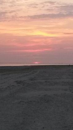 Zonsondergang strand Hollum te Ameland