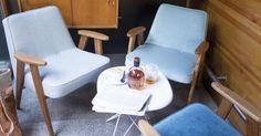 366 Concept Retro Furniture - Mid-century Design Icons from Poland Blue Armchair, Velvet Armchair, Retro Furniture, Furniture Design, Blog Deco, Deco Design, Mid Century Design, Beautiful Interiors, Rocking Chair