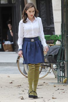 June 2015 - On Set (Paris, France) - onset 06192015 0006 - Adoring Emilia Clarke - The Photo Gallery Emilia Clarke, Albert Pike, Estilo Gossip Girl, Ukraine, Casual Dresses, Casual Outfits, Films Cinema, Striped Tights, Tights Outfit