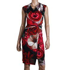 Desigual Uralet Kleid Roja fresa aus der aktuellen Sommerkollektion We love!! - das Motto von Desigual, der Kultmarke aus Barcelona ►►► http://www.modefreund.de/desigual-uralet-kleid-roja-fresa/a-1460109988/