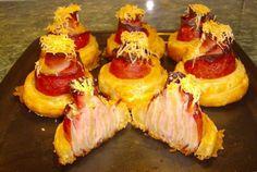 Retete Culinare - Trandafiri cu sunca Romanian Food, Bite Size, Delicious Desserts, Cheesecake, Good Food, Appetizers, Pizza, Cooking, Party