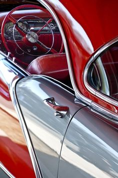 "crazy-joe-white: ""Beautiful vintage classic car in red and silver. Old school … crazy-joe-white: ""Beautiful vintage classic car in red and silver. Old school Car art. Chevrolet Corvette, Pontiac Gto, Chevy, Retro Cars, Vintage Cars, Antique Cars, General Motors, Mercedes S320, Carros Retro"