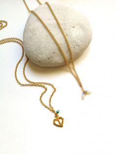 Δωρεάν μεταφορικά άνω των 30€!!  <----------------------------------------->  Χειροποίητο κολιέ αλυσίδα με σχέδιο καρδιά και διακοσμητική χάντρα  FREE Shipping!!!!  #Aλυσίδα #FashionAccessory #Jewellery #Necklace #ανοξείδωτοατσάλι #αξεσουάρ #γυναικειααξεσουαρ #γυναικειοκολιε #Καρδιά #κολιε #Χρυσό #electra4u #fashion #style #love #instagood #moda #fashionblogger #photogrl #photooftheday #beautiful #fashionista #art #instafashion #summer #lifestyle #girl Pendant Necklace, Beautiful, Jewelry, Fashion, Moda, Jewlery, Jewerly, Fashion Styles, Schmuck