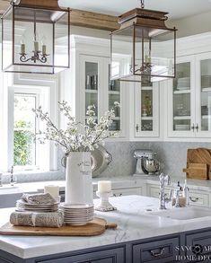 White Kitchen-Farmhouse style-glass kitchen cabinets-white marble
