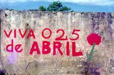 Mural alusivo ao 25 de Abril .Estrada das Laranjeiras, Lisboa. 1978. Street Art, My Love, Words, Photography, Red Carnation, Orange Trees, Frases, Old Pictures, High Road