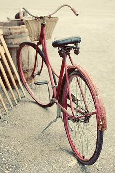 by IrenaS, via Flickr - this looks like my little red bike. i miss it so much!