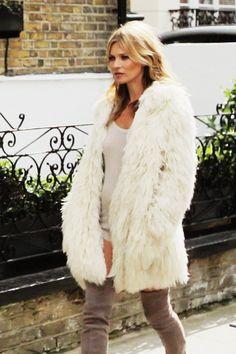 Kate Moss Speaking Shoes Boots Stuart Weitzman (Vogue.com UK)