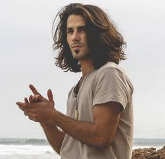20+ Medium And Long Haircut Styles For Men
