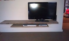 1000+ images about Tv meubel on Pinterest  TVs, Pallet tv and Mounted ...
