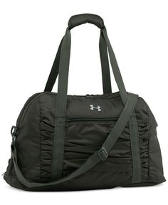 """From an evening workout to a quick overnight trip, The Works gym bag from Under Armour keeps you together on the go. 