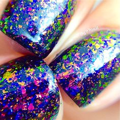 FLAKIE-Fun House Topcoat (larger flakes)Multi-Color Shifting Polish…