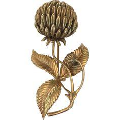 Vintage 14K gold clover flower brooch