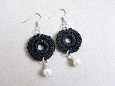 saraccino: Crochet earrings