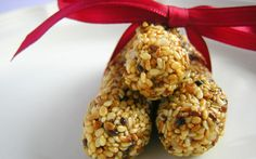 Sesame honey candy, or pasteli, is a traditional Greek confection which combines the simplest of ingredients to create a wholesome, natural treat featuring three simple ingredients: sesame seeds, honey and unrefined sea salt.  Often served for Easter, though a charming treat any time of the year, sesame honey candy are dense with sesame flavor and offer pleasantly chewy candy.