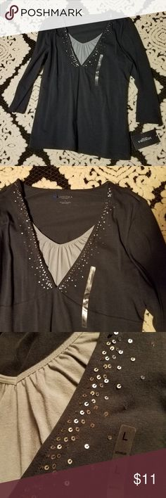 Sequin Sonoma Navy V Neck With 3/4 Sleeves - Large This sequined shirt makes for a great basic with a little pizzazz. It features a lighter blue v neck that mimics a layered look. The 3/4 sleeves are about 19 inches. The length of the shirt is about 26 inches.  Thank you for looking and please check out my closet! Sonoma Tops