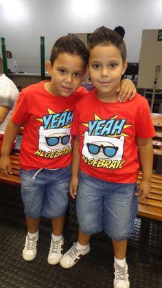 João Pedro e Luiz Otávio, de 5 anos, foram fazer a 1ª via do RG no Poupatempo Campinas Shopping para poderem se matricular na escola ano que vem.