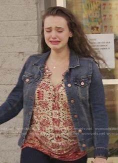 Hannah's red printed top on 13 Reasons Why. Outfit Details: https://wornontv.net/69436/ #13ReasonsWhy