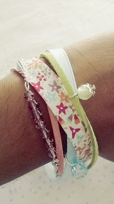 Plusieurs bracelet en Liberty et chaînette frais et coloré : Bracelet par soo-happy