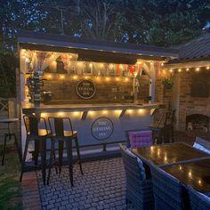 Outdoor Garden Bar, Garden Bar Shed, Diy Outdoor Bar, Backyard Bar, Backyard Patio Designs, Outdoor Bar Areas, Garden Bbq Ideas, Backyard Restaurant, Easy Garden
