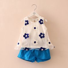 Cheap girls clothing sets, Buy Quality clothing sets directly from China fashion kids Suppliers: Girls Clothing Set 2017 Flower Vest + Short Pants Fashion Princess Suit Sleeveless Shirt Kids For School Children Summer Autumn Baby Girl Pants, Little Girl Dresses, Girls Dresses, Kids Dress Wear, Baby Dress, Toddler Fashion, Kids Fashion, Gilet Rose, Short Infantil