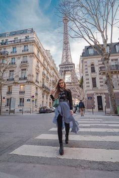 : If the Tour Eiffel is the symbol of Paris, the Cathédrale de Notre Dame de Paris is its heart. Sitting on the banks of the Seine, this splendid architectural masterpiece is a certain Paris France, Nice, Marseille France, Paris Photography, Photography Poses, Travel Photography, Paris Torre Eiffel, Tour Eiffel, Modeling Poses