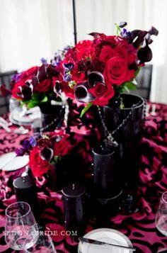 dark red centerpieces Halloween Weddings