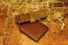 www.bouletta.com #bouletta #leather #leathercraft #genuineleather #craftmanship #leathergoods #handmade #apple #samsung #iphone #iphonecase #applewatchband #applewatchstrap #fashion #instafashion #trend #style #luxury #picoftheday #instadaily #instagood #beautiful #followme #follow #photooftheday #instamood #desginer #bestoftheday www.bouletta.com