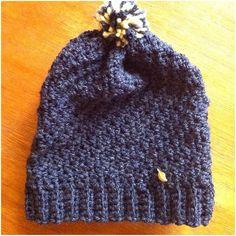 pom pom beanie hat for babies Pom Pom Beanie Hat, Beanie Hats, Cowls, Baby Hats, Knitted Hats, Babies, Knitting, Fashion, Moda