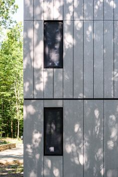 Brooklyn studio AlexAllen has revamped a home in New York State, trading its plywood siding for cement panels and blackened timber Exterior Wall Cladding, House Cladding, Exterior Siding, Facade House, Exterior Colors, Plywood Siding, Plywood Panels, New Paltz, Window Glazing