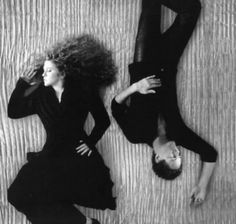 See Fleetwood Mac pictures, photo shoots, and listen online to the latest music. Stevie Nicks Lindsey Buckingham, Buckingham Nicks, Frozen Love, Stephanie Lynn, Fleetwood Mac, Latest Music, Music Artists, Photoshoot, Portrait